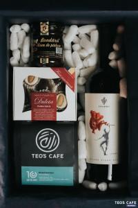 Sursa foto: Prisaca Bârnova - pachetul cadou creat împreună cu alți producători locali